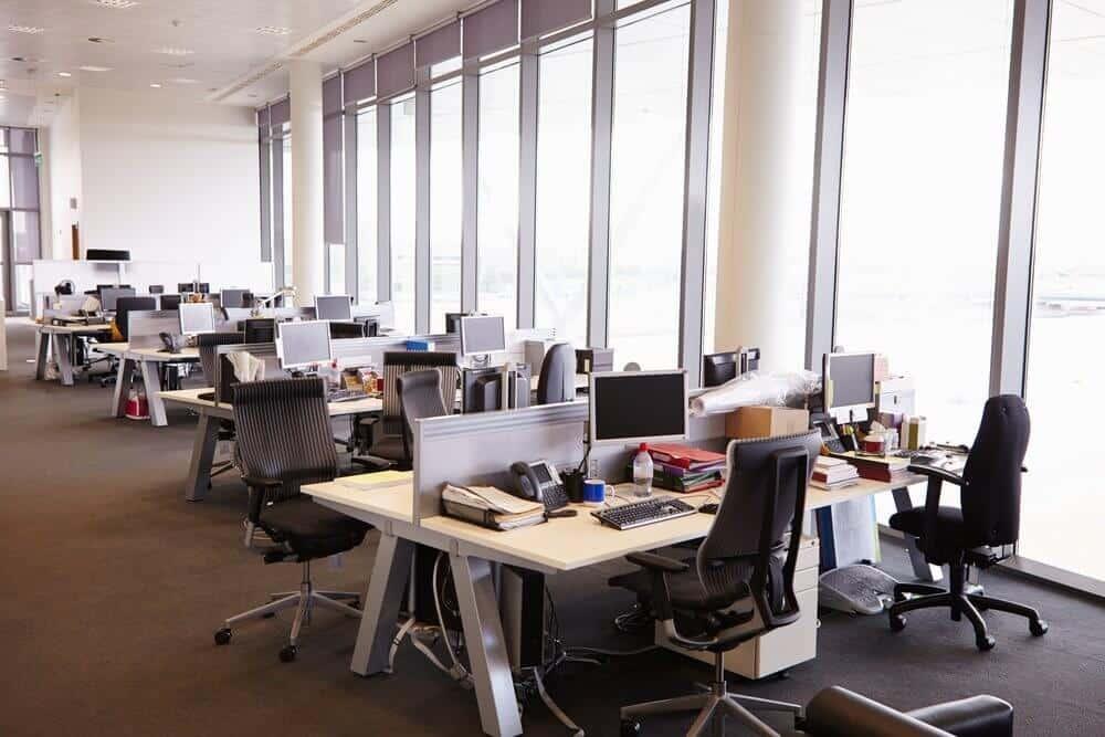 Hot desking in office