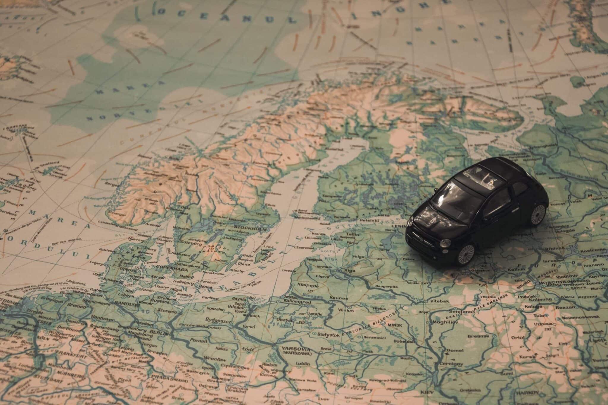 travel_world.jpg